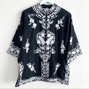 Vintage Caro Honolulu Black Embroidered Kimono Top